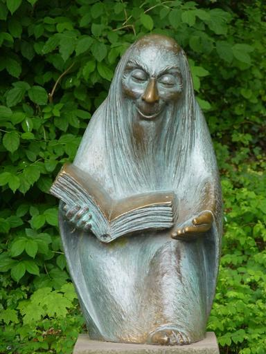 storytellers_sculpture_fig_statue