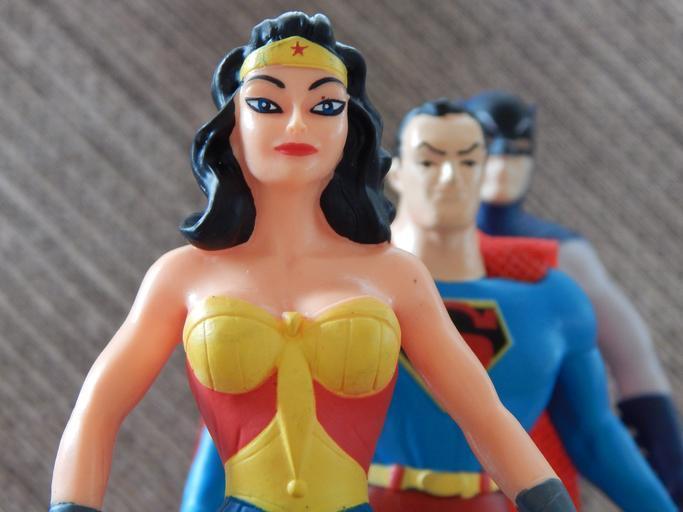 wonder_woman_superhero_superheroes